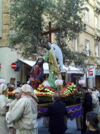 Masonic news views easter in malta in the early evening of good friday the friday before easter many of the villages are transformed into open air theaters as negle Gallery